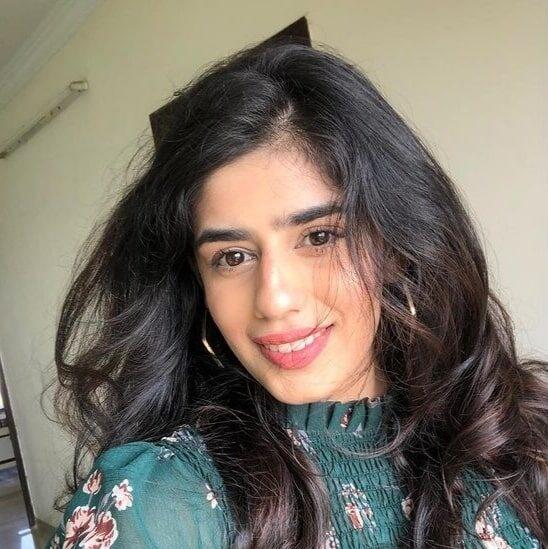 Alisha Chopra WIki