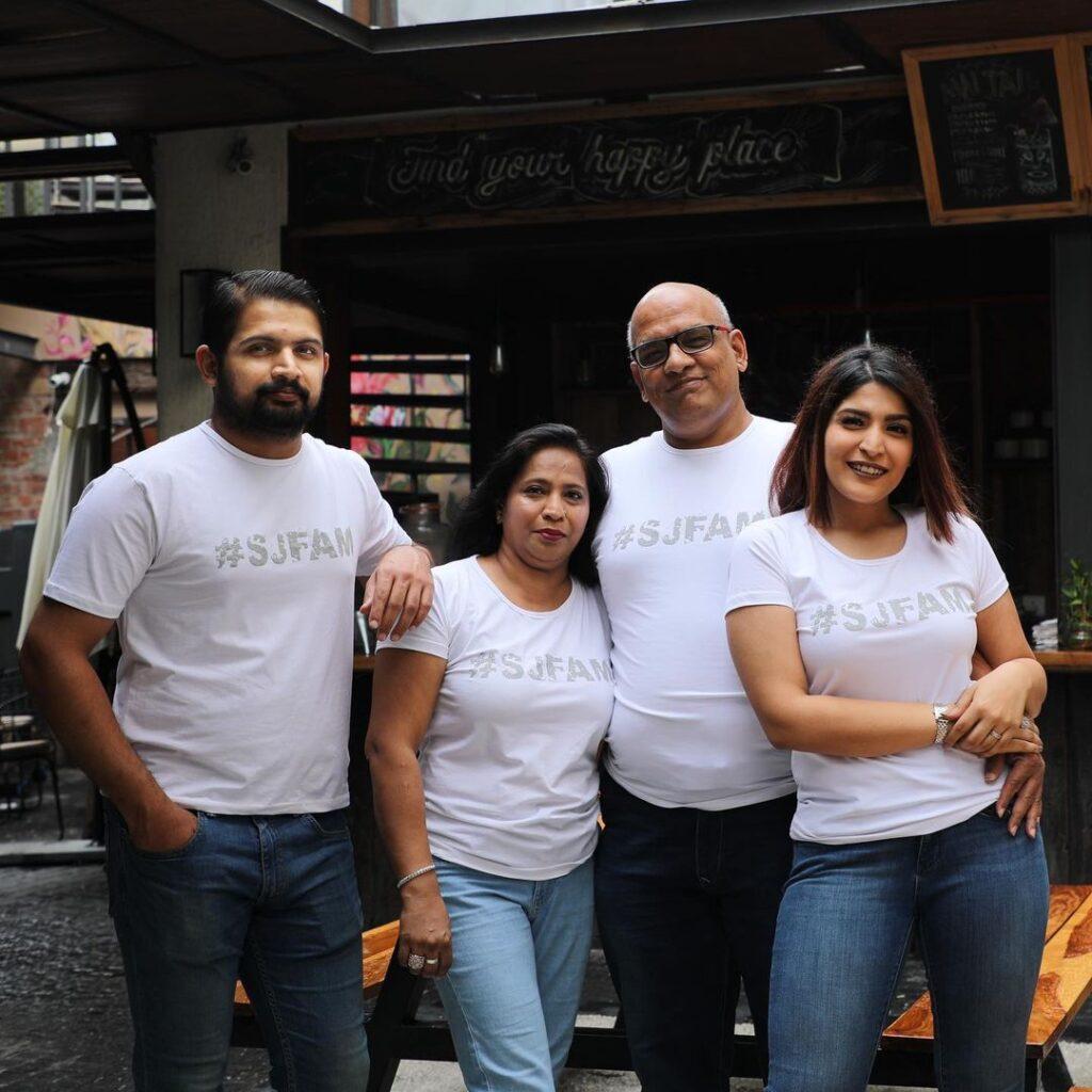 Shreya Jain with her family