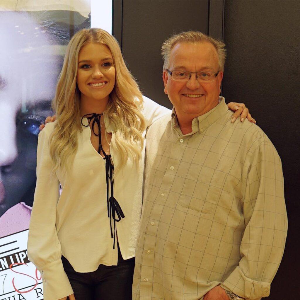 Samantha Ravndahl with her father