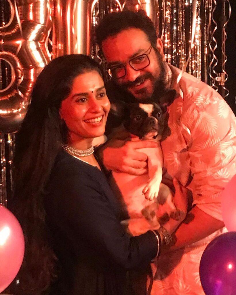 Sonal Devraj with dog